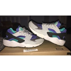 70ef4cb96424 Nike Shoes - AIR HUARACHE CLASSIC MEN GRAY BLUE